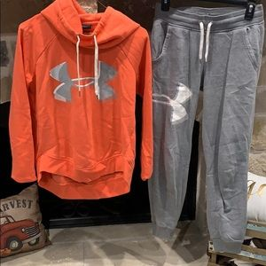 Under Armour  hoodie & pant set